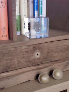 古道具屋で買った卓上本棚(一部)