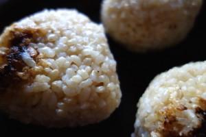 玄米おむすび(記事とは関係ありません)
