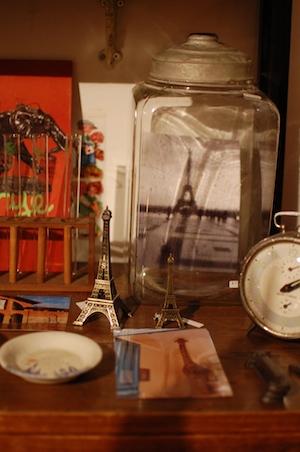 はやかわ Antique & Crafts「旅の扉」エッフェル塔の写真