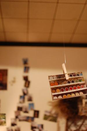 はやかわ Antique & Crafts「旅の扉」写真展の展示
