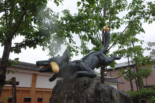 伏見稲荷のキツネさん