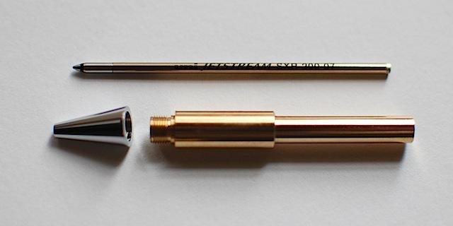 ボールペン芯をオプションパーツに入れる