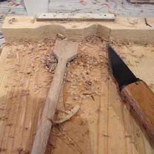 ジャムスプーンづくりで削る、削る