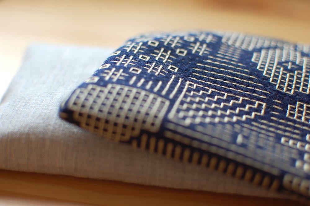 ホットバッグ「ぬかぽん」と 福田利之デザイン刺子織布地のカバー