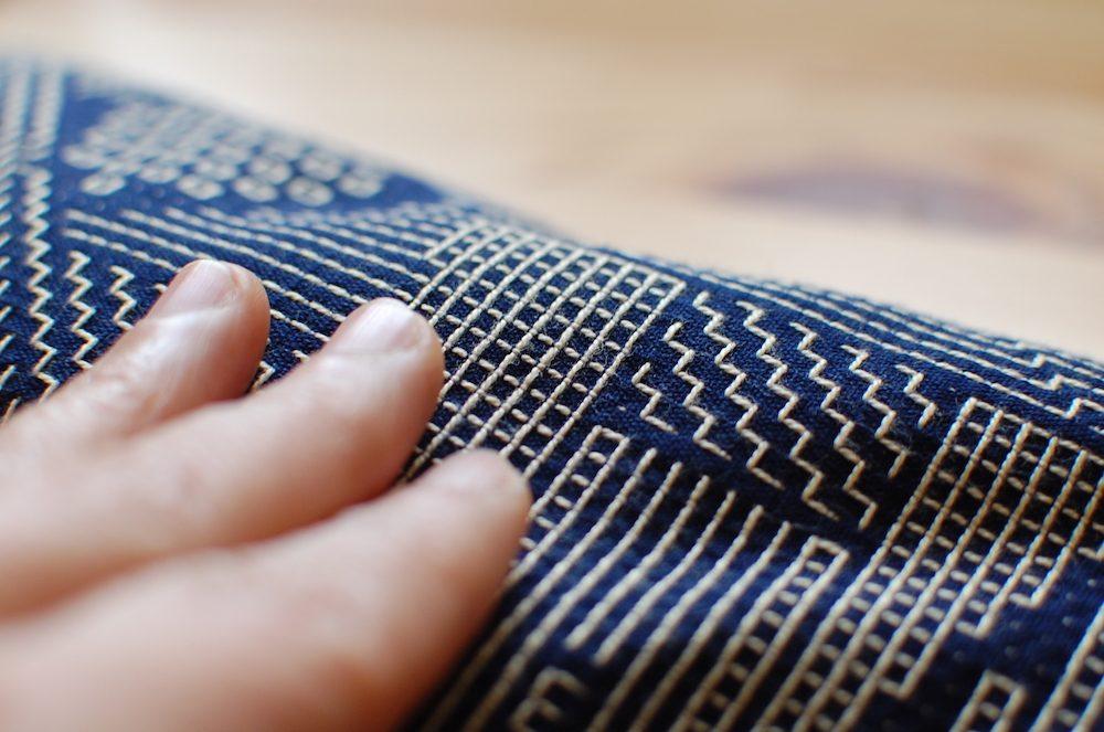手触りのいい、刺子織の布