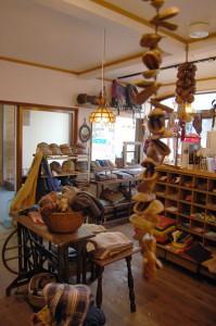 十日町 Omake(オマケ)店内 服飾雑貨など