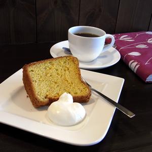 リボンカフェの「雪下にんじんのシフォンケーキ」
