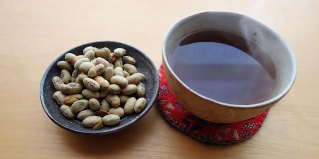 煎り豆と米茶