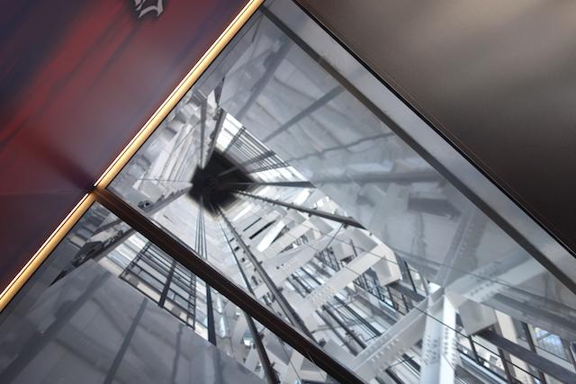 天望回廊へのエレベーター