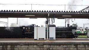 会津若松駅で停車中のSL