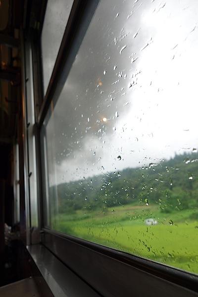 SLの車窓から見える煙