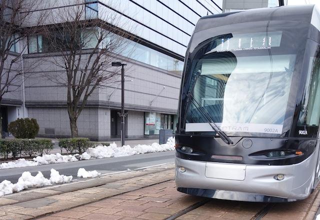 富山市の路面電車 セントラム