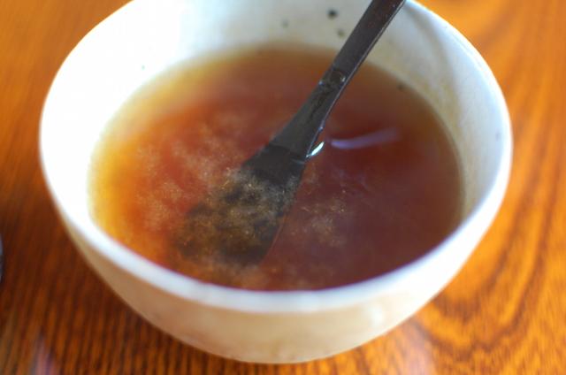 お湯を注ぐだけで出来上がる、梅醤番茶