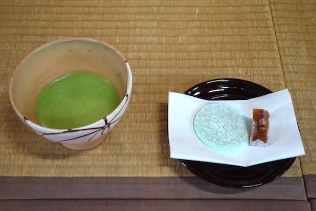 瑞龍寺で抹茶